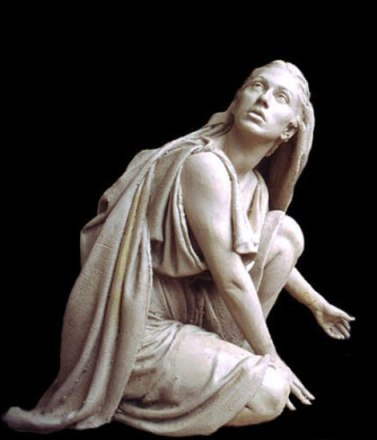 Mary_Magdalene_sculpture